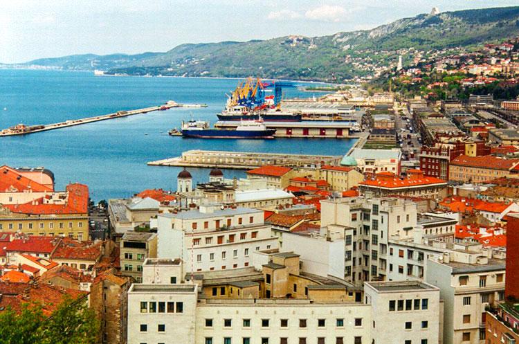 Trieste e Genova snodi della via della seta